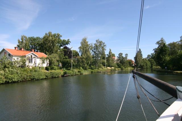 Mye fin bebyggelse langs Gøta kanalen