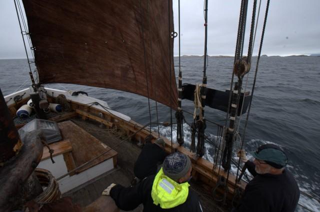 Her seiler vi i Vestfjorden